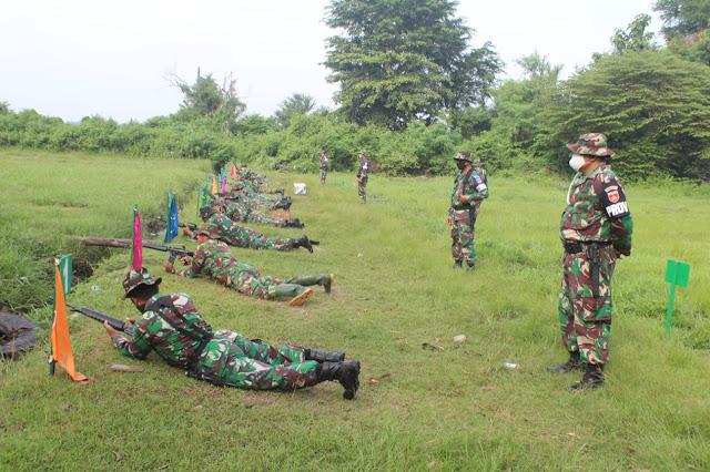 KodimKaranganyar - Prajurit Harus Mahir Menembak