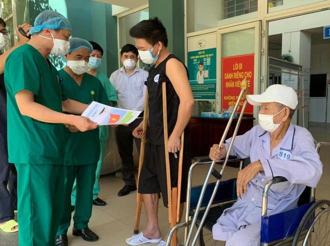 9 bệnh nhân khỏi Covid-19 ra viện