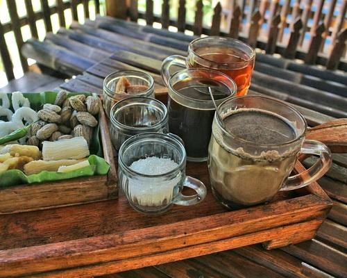 Tinuku.com Kedai Kopi Menoreh Pak Rohmat build traditional design to present robusta and arabica coffee in plantations