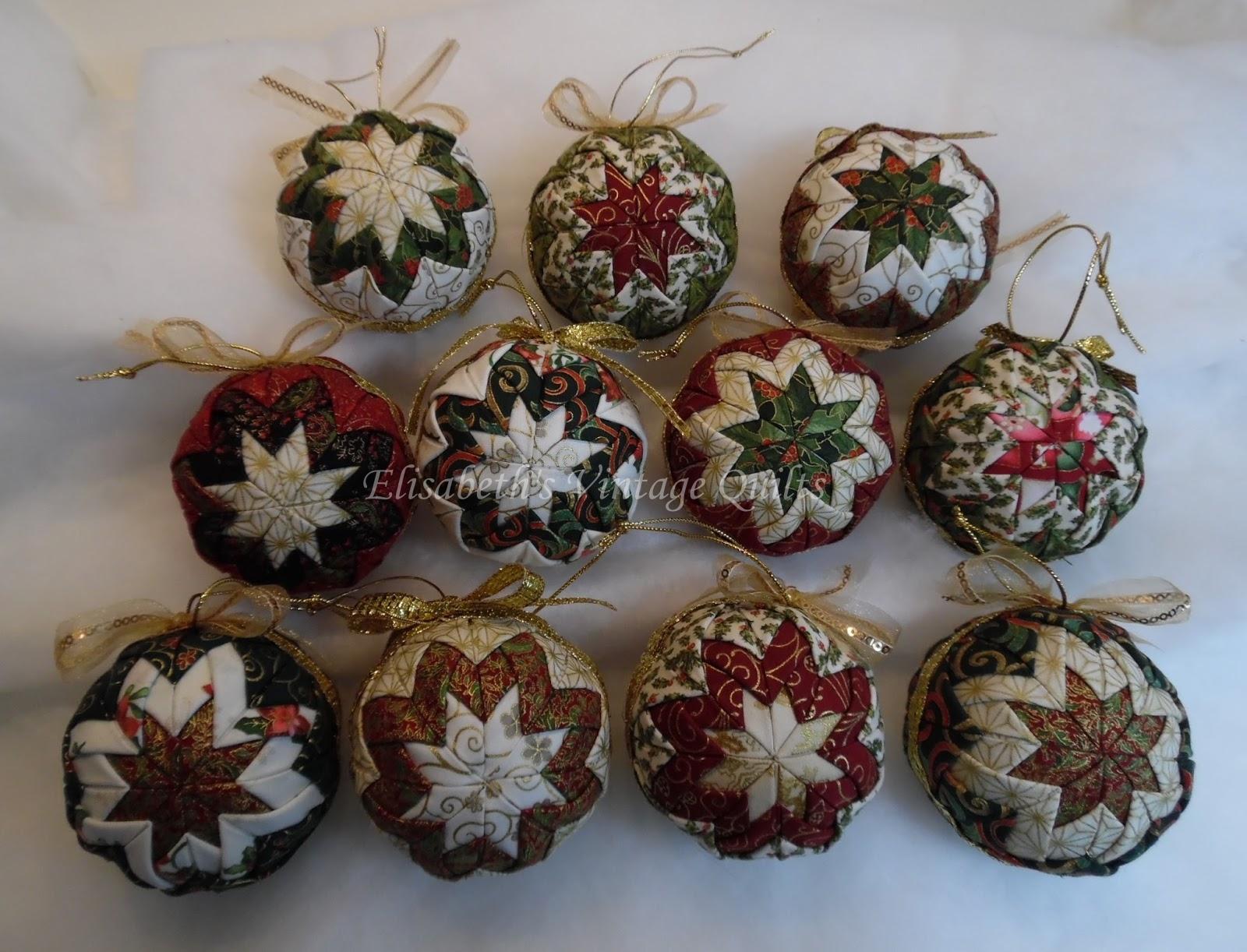 Elisabeth 39 s vintage quilts kerstballen van stof for Quilt maken met naaimachine