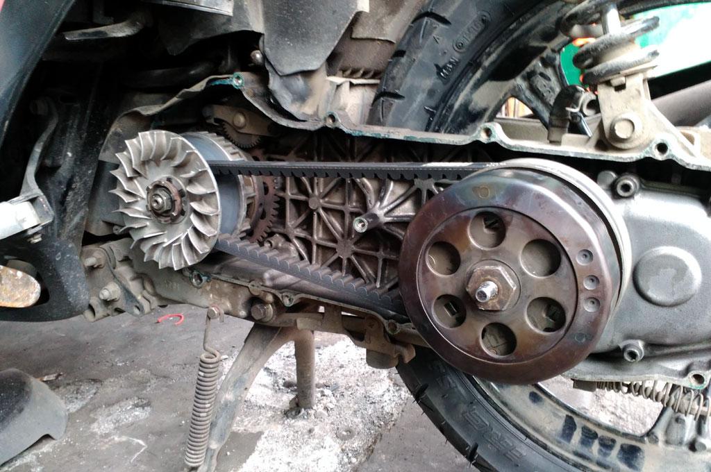 Kampas Kopling Ganda Motor Matik