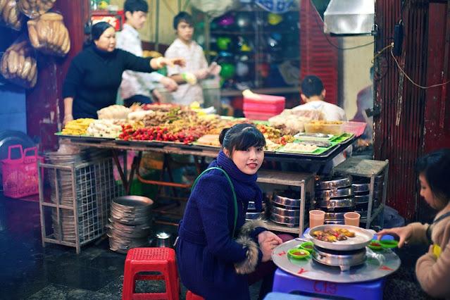Best Famous Street Food in Hanoi