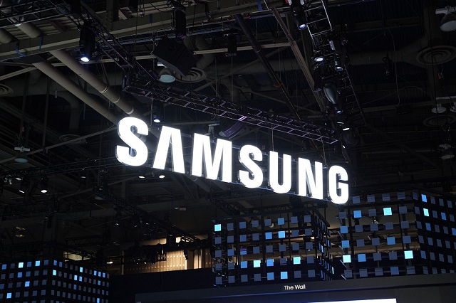 الهاتف Galaxy Fold 2 قد يتوفر بنسختين