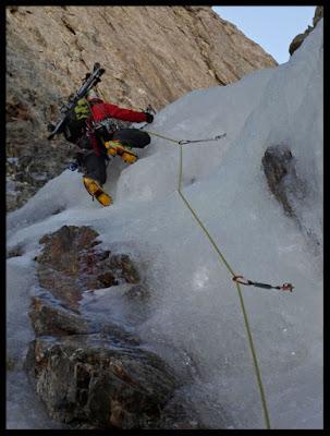 Cascada de hielo en el tercer largo del Jean Arlaud al Posets