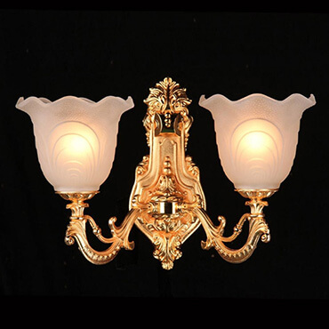 Những mẫu đèn tường trang trí cao cấp cho không gian phòng khách
