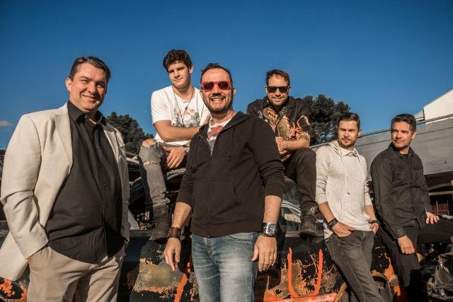 Nova fase da banda curitibana traz influências do reggae, aliado ao pop moderno, nacional e internacional (Foto: Divulgação / Midas Music)
