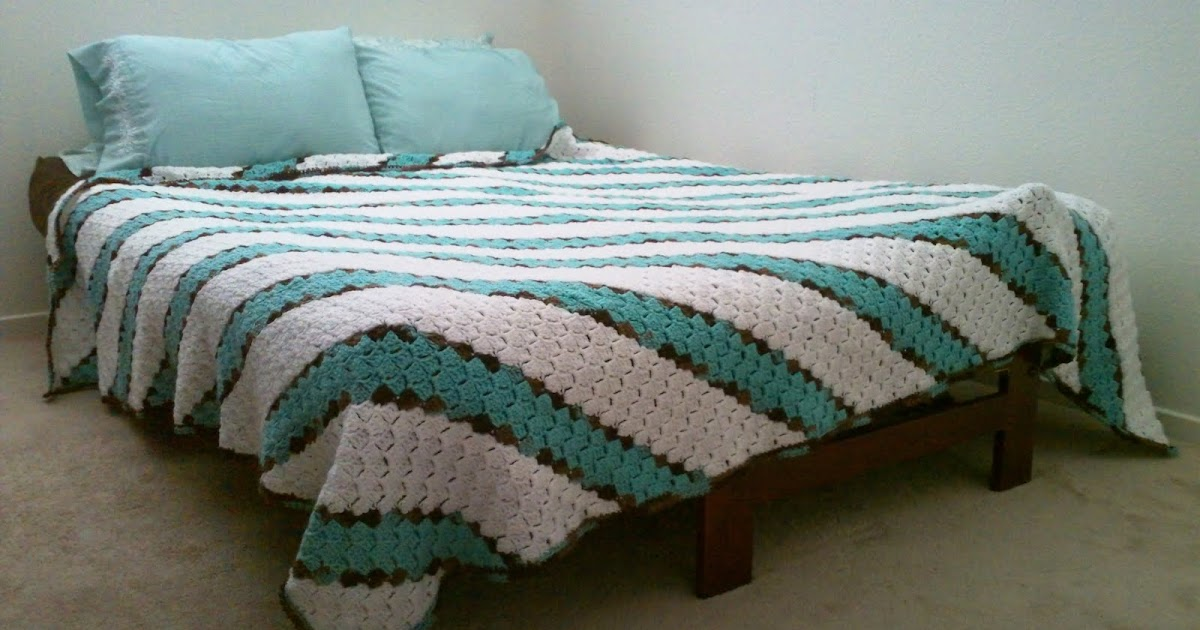 A Crafty Cook Diagonal Stripes Blanket