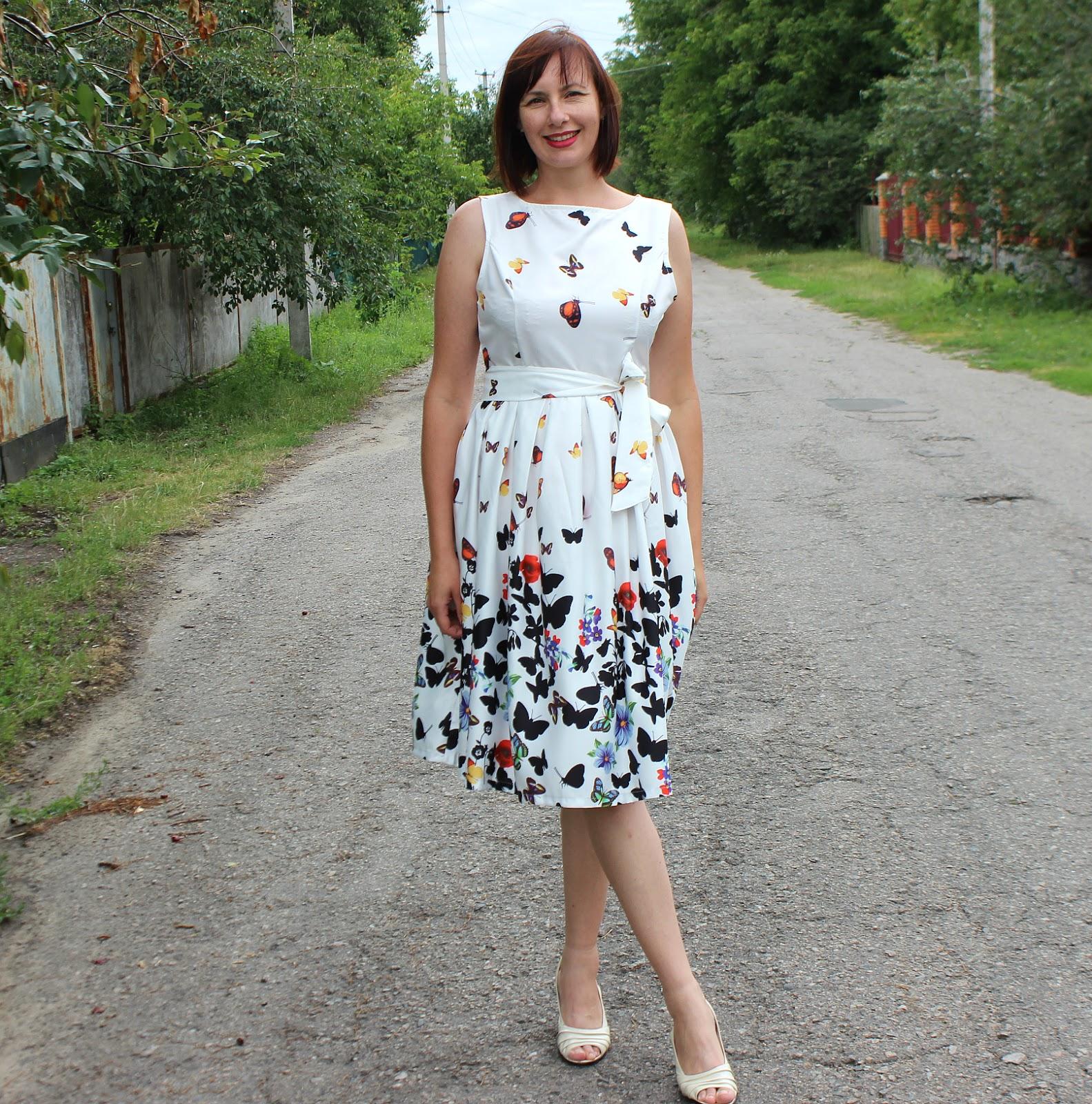 Фото платьев чуть за колено