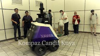 Singapore Deploys Robots to Monitor Population Behavior
