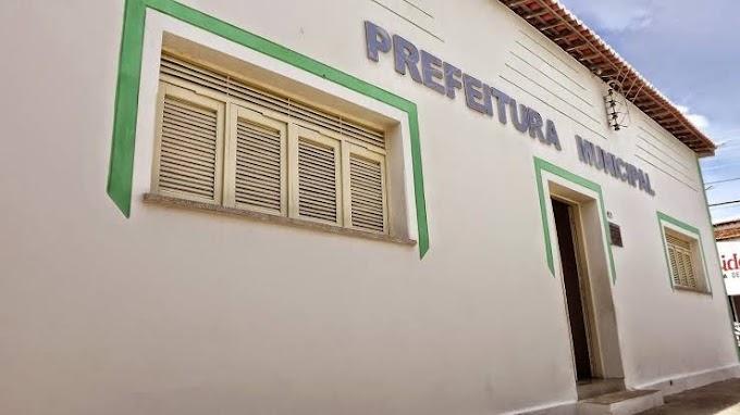 Prefeitura de Angicos firma contrato de gêneros alimentícios de quase R$ 400 mil