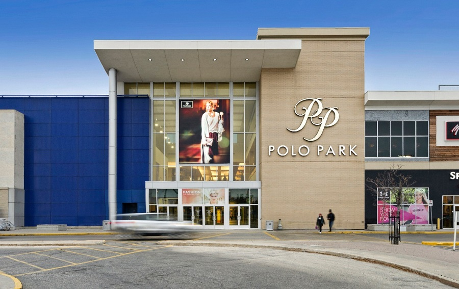 Manitoba's largest shopping centre boasts of the finest shops and services with several brands exclusive to CF Polo Park. Flooded with natural sunlight and expansive walkways, CF Polo Park offers a premier shopping experience.