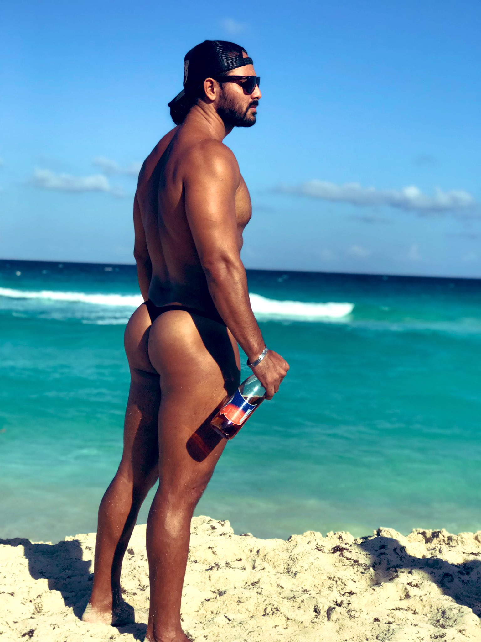 stripper en la playa