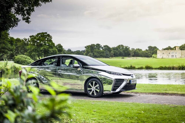 Hydrogen fuelled Toyota Mirai Chrome 2016