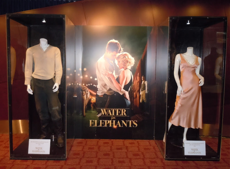 Water for Elephants costumes