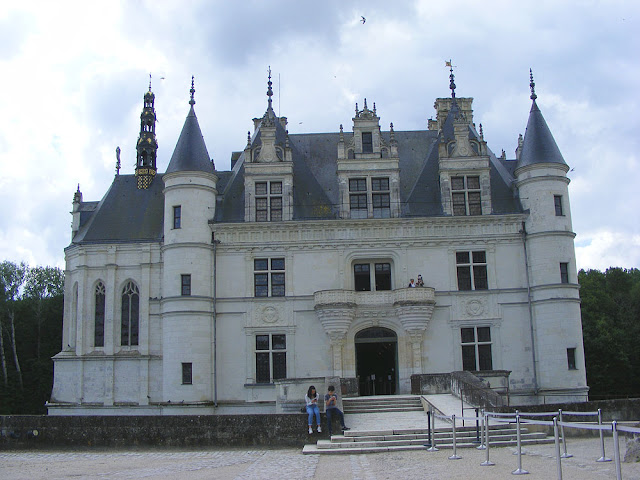 Chateau of Chenonceau during Covid19 restrictions.  Indre et Loire, France. Photographed by Susan Walter. Tour the Loire Valley with a classic car and a private guide.