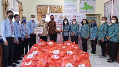 KSP Sahabat Mitra Sejati dan Bank Sampoerna Berbagi Sembako di Kabupaten Tana Toraja