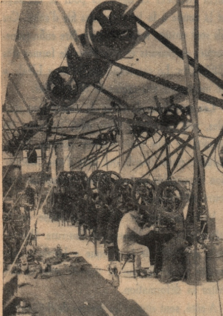 Tron et Berthet à Pont-Saint-Pierre - La selle Idéale. Les presses de découpage des parties métalliques en 1935