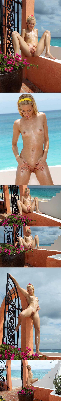 Debriz  2013-05-03 CRYSTAL-STREAM-FRANZISKA-FACELLA-by-ALS-PHOTOGRAPHER 817e0 high sexy girls image jav