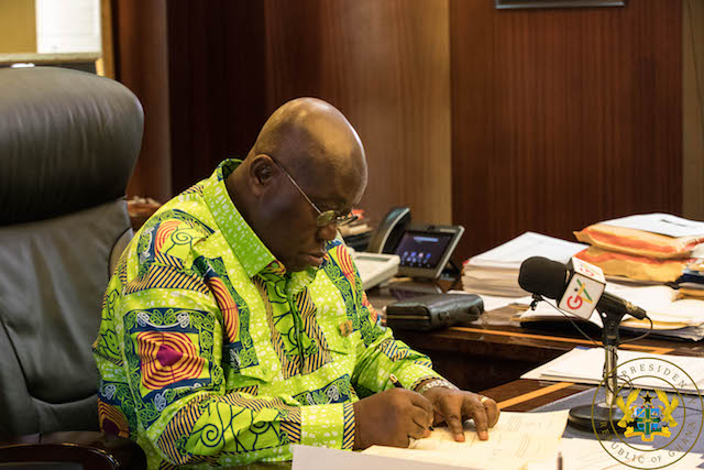 Coronavirus: Akufo-Addo extends border closure by two more weeks