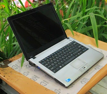 Laptop 1 Jutaan Wearnes Quadra CNT-1201