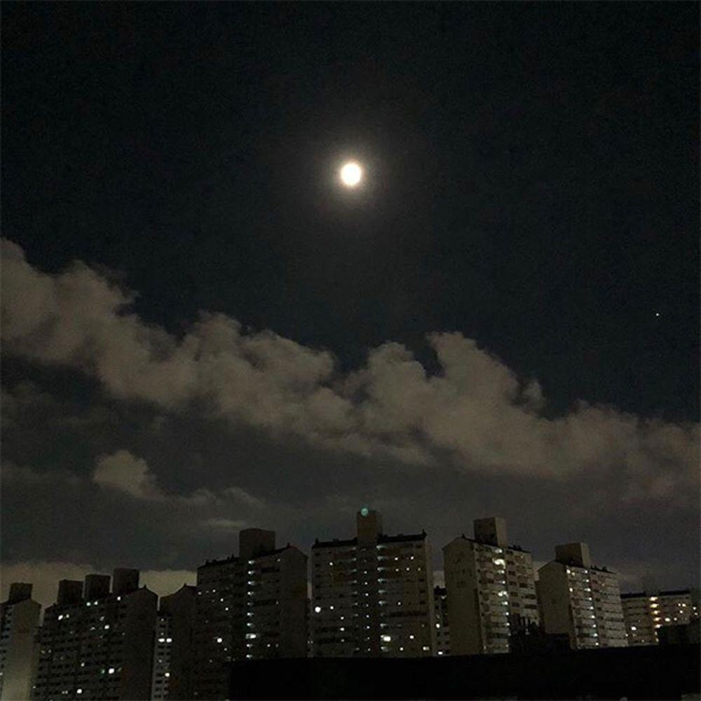 Moon Yeon – I Need Time (feat. JAYDOPE) – Single
