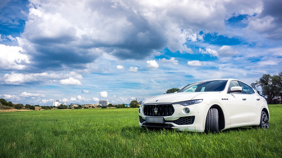 Spesifikasi dan Harga Mobil Maserati Terbaru