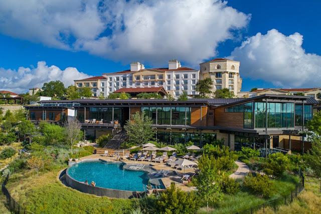 La Cantera Resort & Spa is a luxury resort in the San Antonio Hill Country. Located in Texas Hill Country, this transformed hotel features packages, heated pools, luxurious cabañas, state of the art fitness center, destination spa, and more.