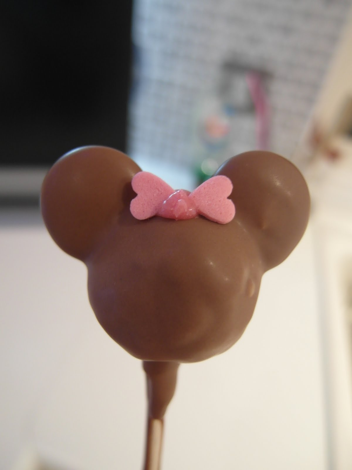 Mandas Disney Blog Mickey Mouse Cake Pops