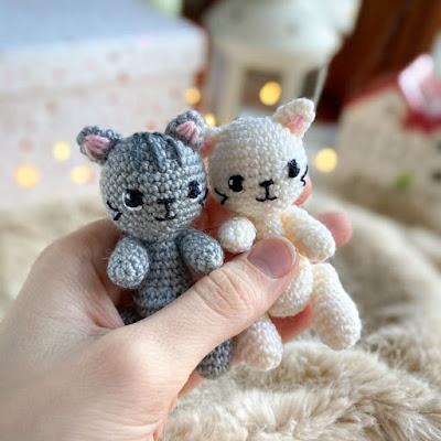 Мини-котик амигуруми