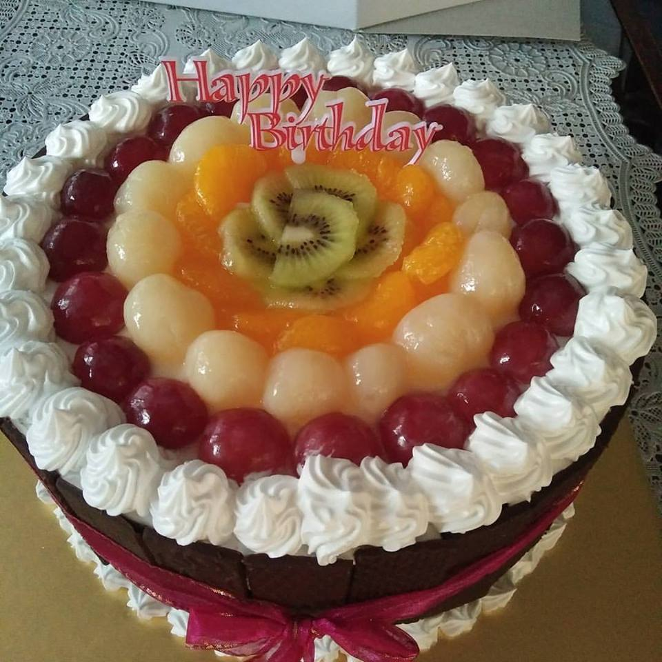 Pattiserieonline Cake Shop Cirebon Spon Fancy Bulat Coklat Base Vanilla Sponge