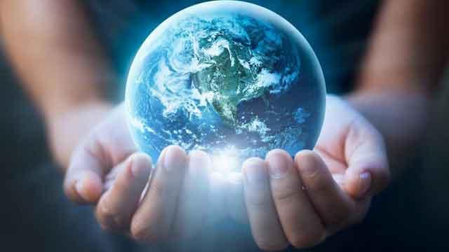 हम धरती को उजाड़ने पर क्यों तुले हुए हैं