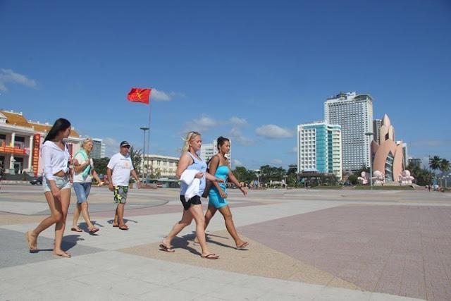 Thiếu hụt nhân lực trong ngành du lịch Khánh Hòa