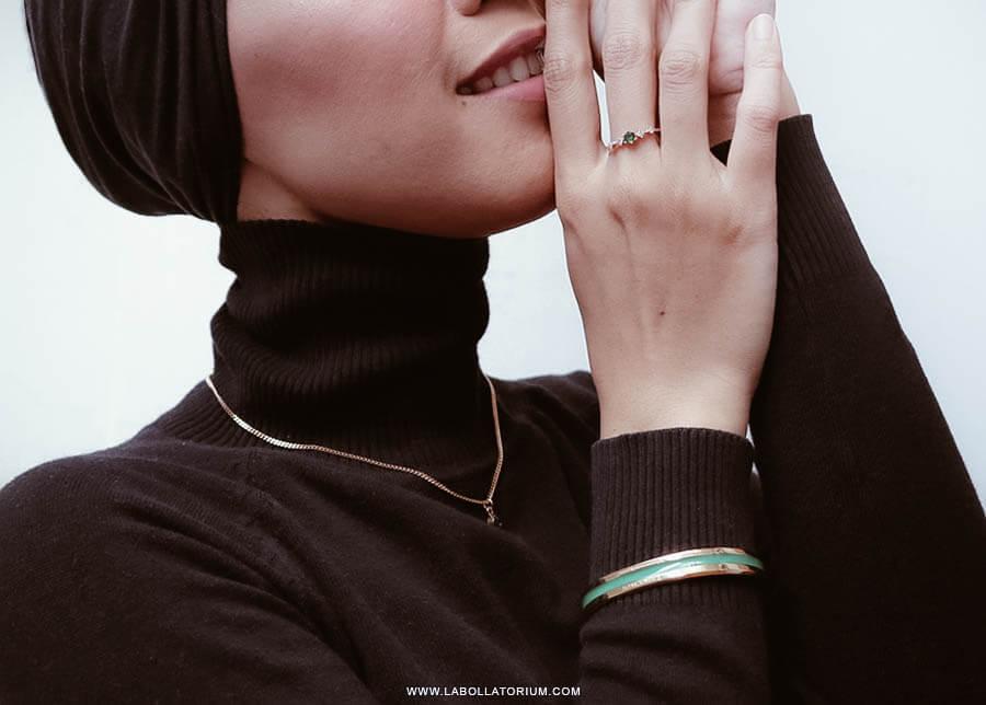 Pakai Perhiasan Kalung, Gelang, dan Cincin Dengan Unsur Birthstone, Bling It On!