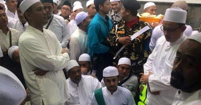 Habib Luthfi Tidak Marahi Sandiaga, Insiden di Acara Haul Habib Ali 'Digoreng' Rival Prabowo
