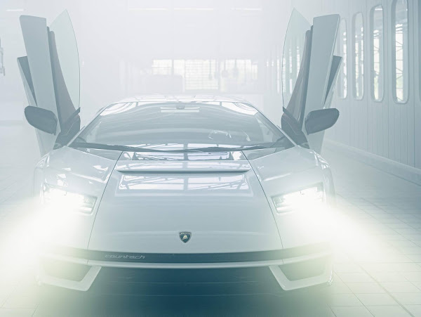 Novo Lamborghini Countach 2022: lançamento confirmado neste ano