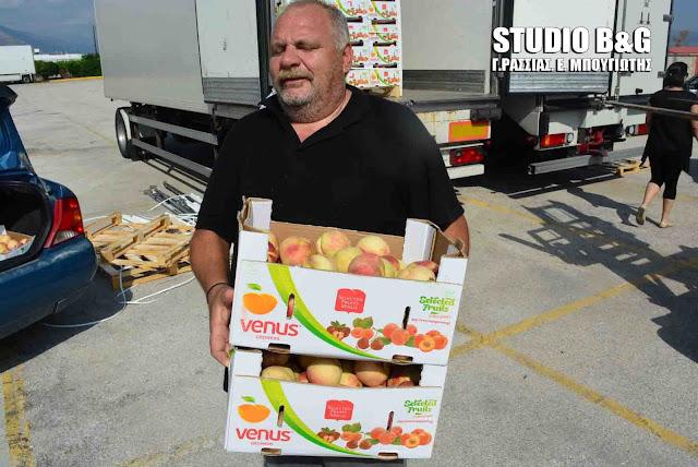 Δωρεάν διανομή φρούτων από τον Σύλλογο Τριτέκων Αργολίδας