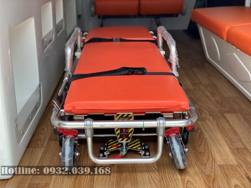 Cáng chính Hyundai Solati cứu thương