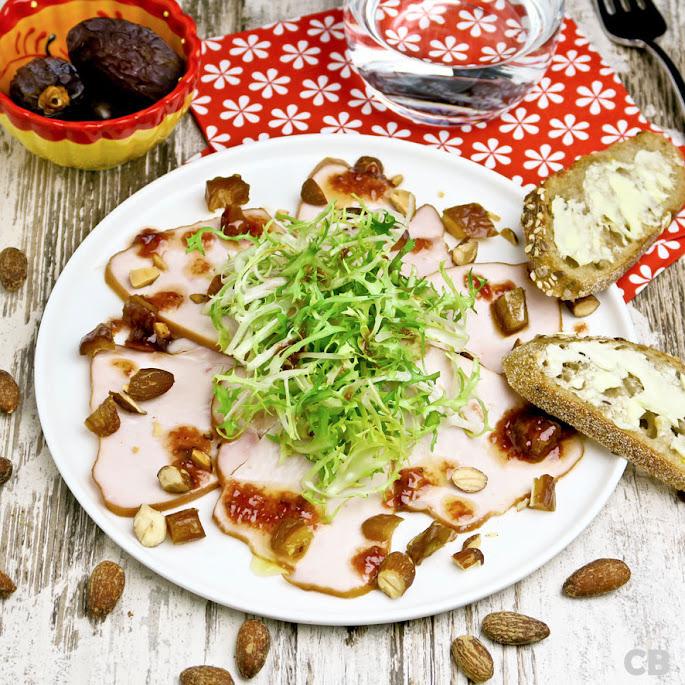Salade van gerookte kalkoen met dadels