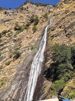 बिर्थी जल प्रपात - मुन्शियारी, उत्तराखंड