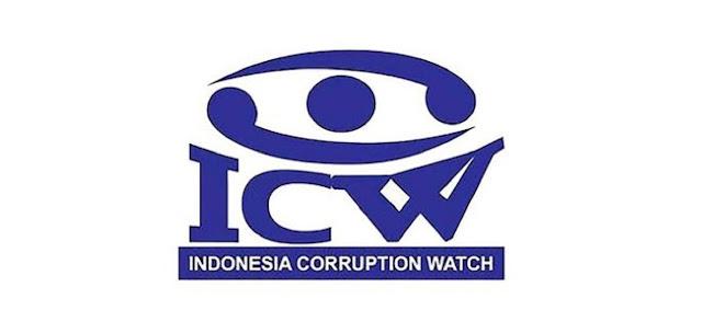 Indonesia Corruption Watch (ICW) menyoroti penggunaan influencer atau buzzer yang dilakukan pemerintahan Joko Widodo dalam mempromosikan kebijakan.