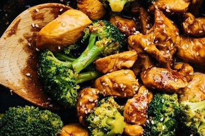 10 Minute Teriyaki Chicken & Broccoli