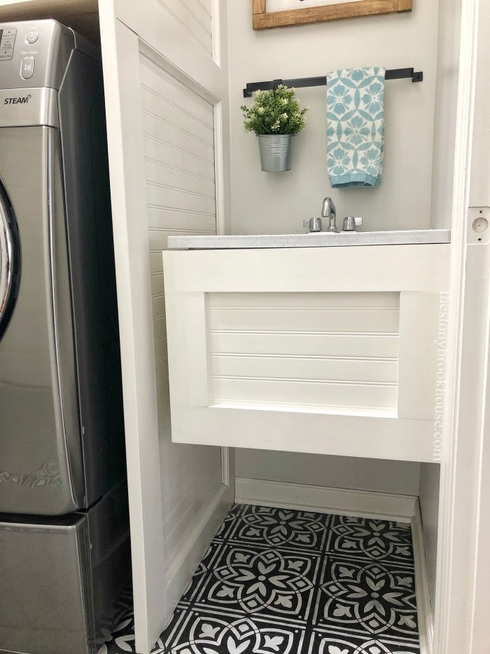 Freestanding Farmhouse Laundry Tub Complete