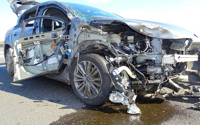 Személyautó csapódott kamionnak az M5-ösön, Kiskunfélegyházánál