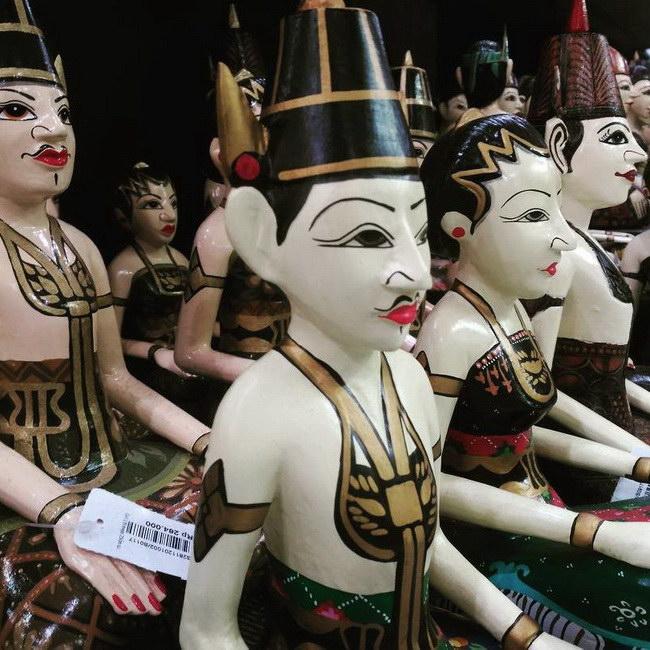 Xvlor Kasongan ceramic craft center design development for long time