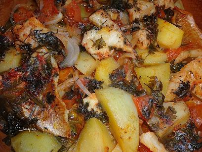 Το φαγητό έτοιμο σε κοντινή λήψη ,φαίνεται πολύ νόστιμο,ολα τα υλικά καλοψημένα