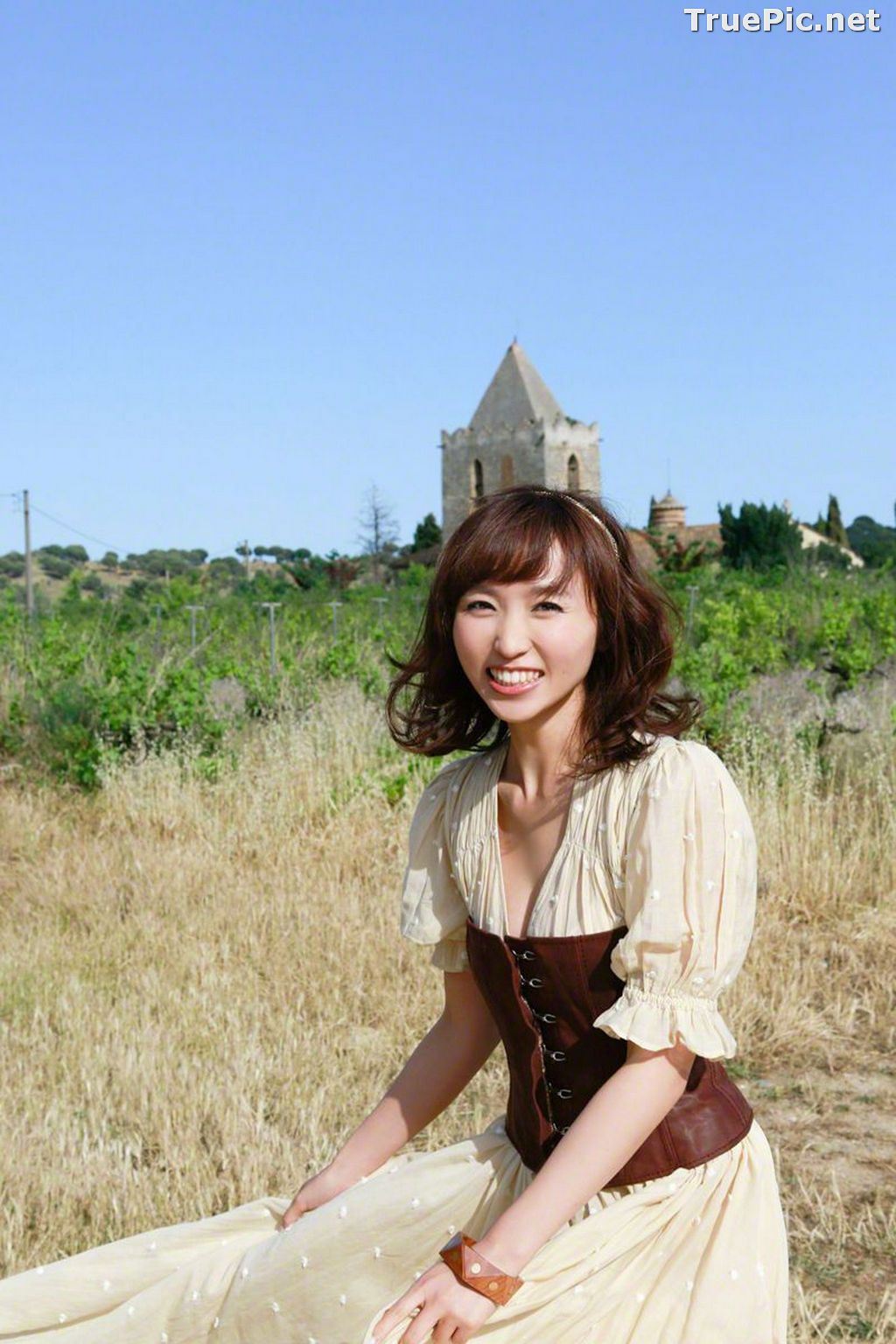 Image Wanibooks No.125 – Japanese Gravure Idol and Singer – Risa Yoshiki - TruePic.net - Picture-9