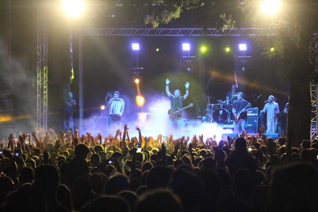 Πρέβεζα: Θεοί στη λίμνη του Ζηρού - Zero festival: Μας ανέβασαν οι Folk en' Roll, μας απογείωσαν οι Locomondo!!!