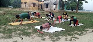 खेल शिक्षक ने सम्भाली बच्चों के स्वास्थ्य रक्षा की कमान    #NayaSaberaNetwork