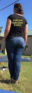 Free Sexy Picture -  Candids of White Girls in Jeans with bubble asses.