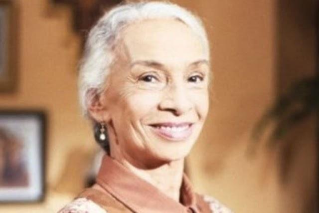Muere la actriz mexicana María Echánove a sus 92 años